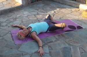 Easy Wake-Up 'Yin Yoga' @ Skala Eressos Town Hall